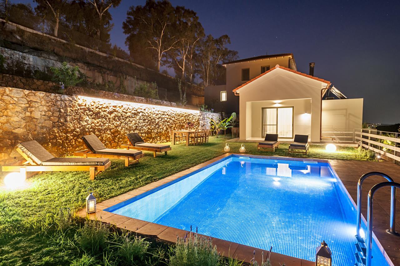 Villa Thalia- Physis Villas. Villas in Crete with pools.