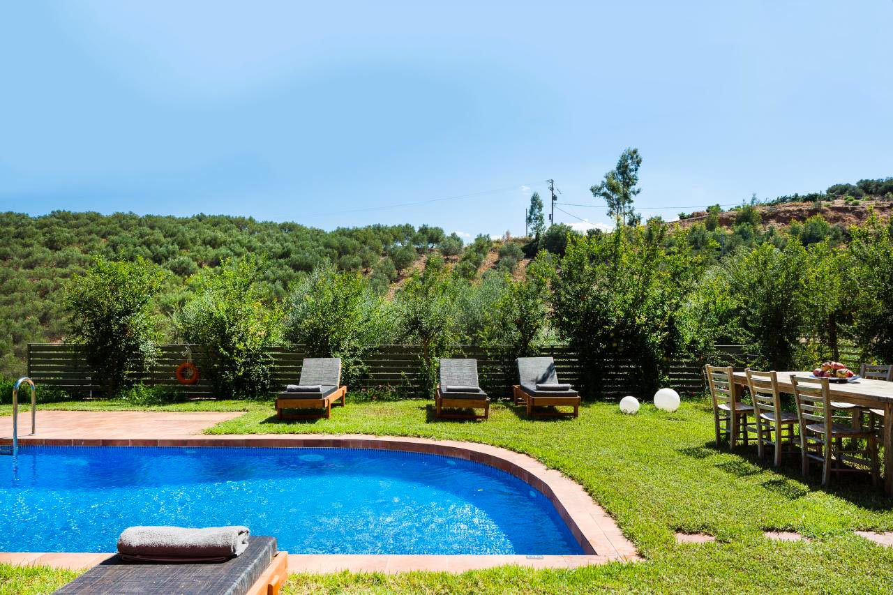 Physis Villas pool garden