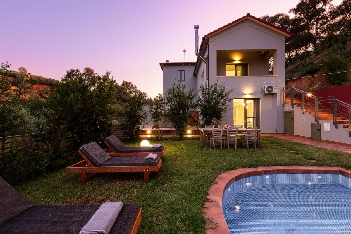 Villa Erato. Villa with private pool, Crete